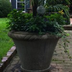 "#010 Manor House Planter, Dia., Exterior: 29 1/2""; Interior: 27""; Base: 14 1/2""; Height: 22 1/2"" (184 lbs.)"