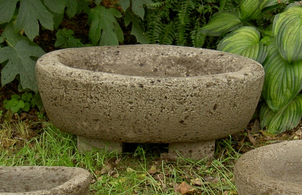 """#505 Large Oval on #509 pot feet sold separately. 7"""" H x 15 1/2"""" W x 22 1/2"""" L (43 lbs.)"""