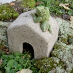 "#538 Square Toad House, 6 3/4"" x 5 1/4"" x 6 7/8"" H (8 lbs.)"