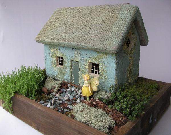 #549D Tiffany Cottage