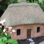 "#526B Scottish Rose Cottage, approximately 16"" x 11"" x 13"" H (36 lbs.)"