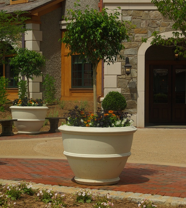 The brookfield company planters fountains and garden art for Asheville arts and crafts biltmore village